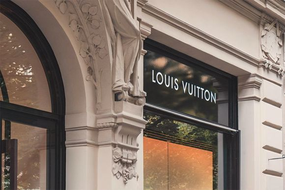 Angelella vola a Bruxelles per Louis Vuitton!